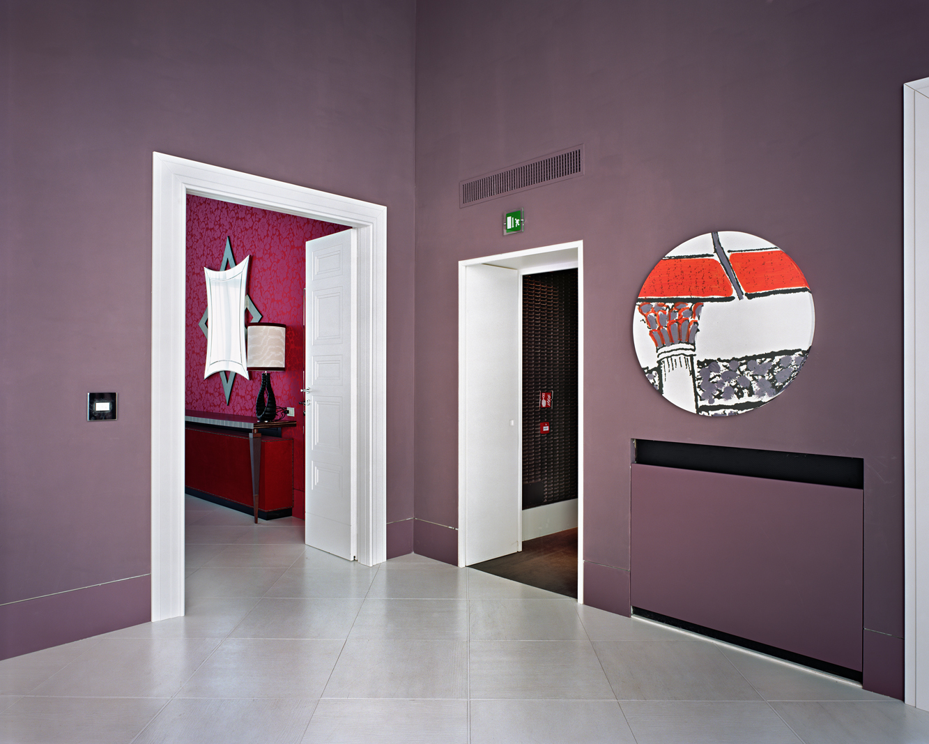 Lynne Cohen / Estate  - Untitled (Circle Mirror - Mauve Wall), 2011