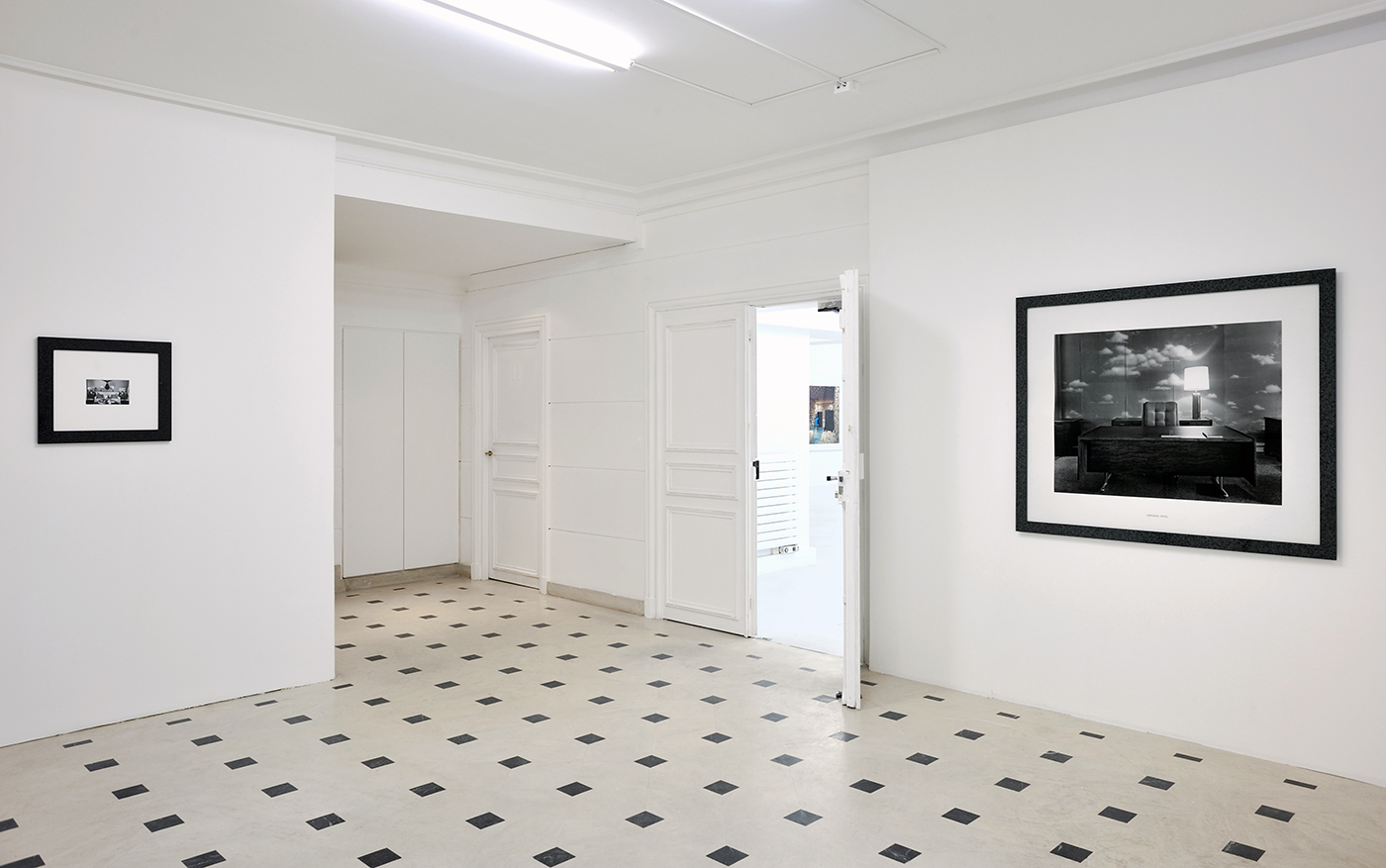 Lynne Cohen / Estate  - Exhibition view - Un hommage - Galerie in situ - Fabienne Leclerc, Paris, 2015