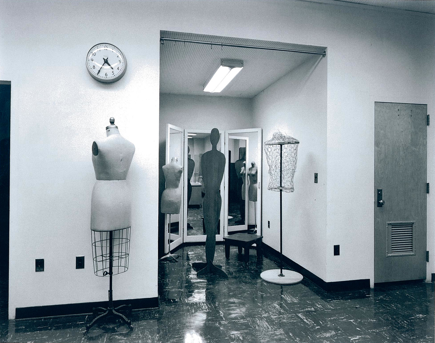 Lynne Cohen / Estate  - Untitled (Davis clock and seamstress dummy), 1980-1989
